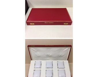 Rare CARTIER watch display Box with 6 leather seats.