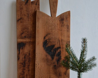 set of 2 handmade vintage inspired french breadboards,old hardwood,beech barnwood,rustic,black patina,shabby,raw,farmkitchen decoration