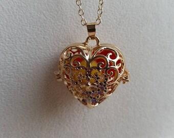 Gold Heart Locket, Filigree Heart Locket, Filigree Necklace, Heart Locket, Aromatherapy Locket, Pearl Locket. Gold Locket, Aromatherapy Gift