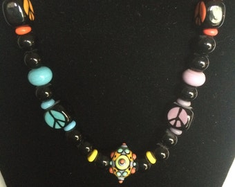 "21"" Hand-Made Lampwork Bead Peace Necklace"