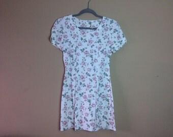 Size S ~ Floral Mini Dress ~ 1990s Vintage