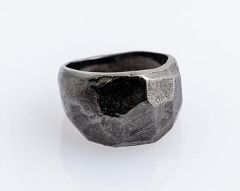 Handmade black ring. Different colors are avaible