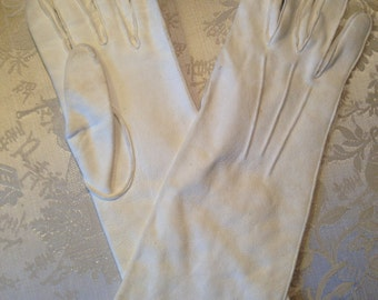 Soft cream suede 1930's gloves. Good. Strong. Size 7 and half