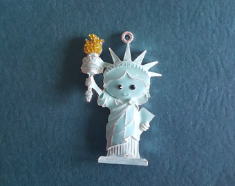 Statue of liberty Needle minder / Strong Magnets/ Needle Nanny / Needle Minder / Chart Magnets / Needle Holder/ Neodymium / Rare Earth