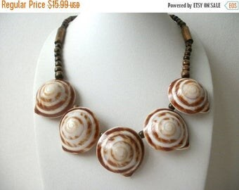 ON SALE Vintage Round Snail Sea Shell Wooden Beads Necklace 31017
