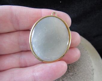 Vintage Signed Butler Goldtone Framed Mother Of Pearl Pendant