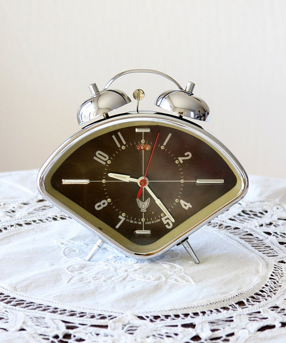 Vintage alarm clock Retro desk clock Working double bell metal clock Wind up mechanical clock Chinese Old table clock Black and blue retro
