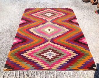 Turkish Kilim rug, Diamond design rug, Vintage Turkish kilim, area rug, kelim rug, vintage rug, bohemian, Turkish rug, kilim rug pink, 329