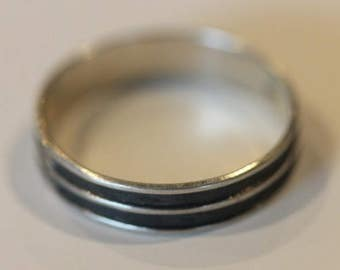 Vintage sterling silver overlay ribbed grooved band ring size 9