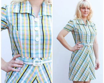 Vintage 70s Pastel Mini Dress / Stripe Pattern / Size 10