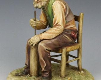 """Capodimonte Antonio Borsato Figurine 1068 """"Domestic Work"""""""