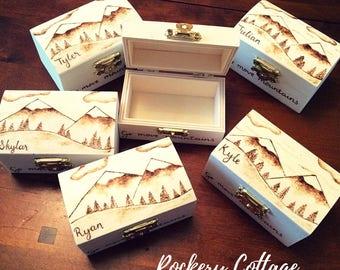 Bridesmaid gifts, 6 boxes with custom design, wooden box, wooden trinket box, wood burned box, pyrography box, mini box, wedding party gifts