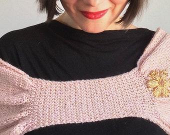 EXQUISITE Golden Hug Light Pink Cashmere Silk Merino Wool Golden Thread Shawl Wrap Hand Knit Vintage Style Winter Wedding Chic Pinup Retro