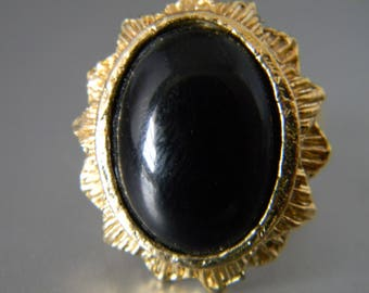 Large Black Cabochon Ring, Vintage costume, Statement Ring