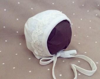 Baby newborn bonnet lace pattern