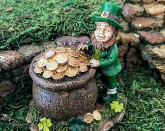 Miniature Leprechaun with Pot of Gold