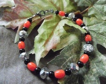 Handmade Beaded Bracelet Orange And Black 7 1/2 Inches