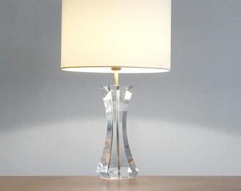 Large plexiglas 1970 table lamp - Plexiglass table lamp