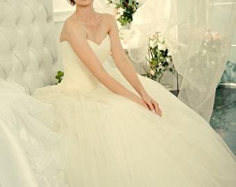Princess Wedding Dress. Sweetheart Ball Gown Wedding Dress. Tightening corset. Fluffy Wedding Dress. Free Shipping