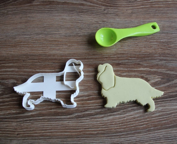 Cavalier King Charles Spaniel Cookie Cutter Dog Breed Treat Cutter puppy cupcake toppers[CookieCuttersFactory/Etsy]