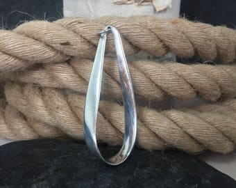 FREE GIFT Box, Vintage, Silver, Ribbon, Pendant, Drop Shape, Twisted, 925, Sterling Silver, SER, Necklace