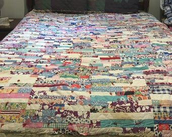 Quilt, Antique Patch Quilt, Bedspread, Throw, Blanket, Rag Quilt, Queen Bedding