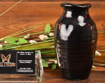 Camark Pottery Vase, 1920-30 Mirror Black Ribbed Pinched Rim Vase IFC