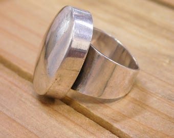 Classic Sterling Silver Ring Size 8.25