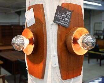 D193 SALE! Danish Mid Century Modern Style Teak Wall Sconce Lights Lamps Pair
