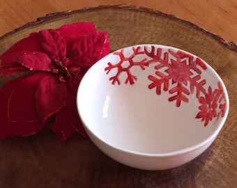 Ceramic Bowl, Christmas bowl, white and red Christmas, snowflakes pattern bowl