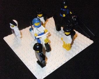Lego mini figures lot with base