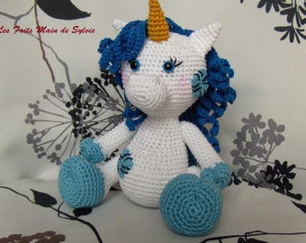 The Unicorn crochet Lili