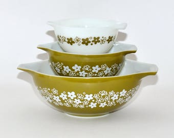 Vintage Pyrex Crazy Daisy Spring Blossom Cinderella Mixing Bowls, Set of 3, Mother Day Gift