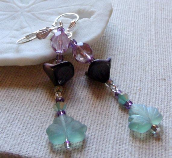Oval frame grape aqua leaf earrings - long nature design - frosted glass -  teardrop - fairy - romantic - garden lover gift - Lizporiginals