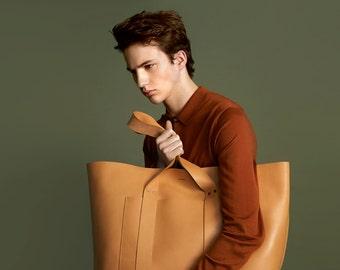 HAERRA Weekender Aged Leather Bag