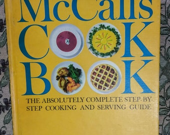 McCalls Cook Book   PreOwned (1963) and Well Cared For....In Excellent Condition