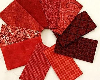 Reds 10 Fat Quarters Bundle