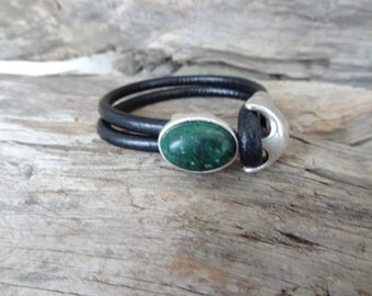 EXPRESS SHIPPING,Black Leather Bracelet, Green Agate Bracelet, Leather Jewelry, Bracelets, Green Agate Hook Bracelet, Gifts for Girlfriend