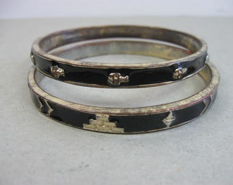Vintage Metal Bangle Bracelet Black and Gold Wristband Jewelry