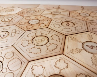 Engraved settlers of catan board, printed design,  5-6 player size (3-4 player base game PLUS 5-6 player expansion).