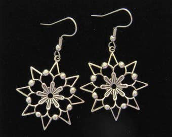 Snowflakes 24 karat Gold Plate or Oxidized Matte Silver Large Dimensional Christmas Holiday Snow Snowing Winter EG316 / ES229