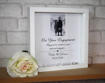 Engagement Frame / Engagement Gift / Personalised Engagement / Personalised Frame / Gift for couples / engagement present