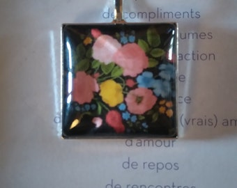 Locket and chain, pattern flowers