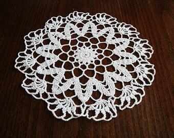 "Hand crochet doilie 7"", white cotton yarn, crochet doily, lace doily, white doily,  lace doilies, round doily, crocheted doily"