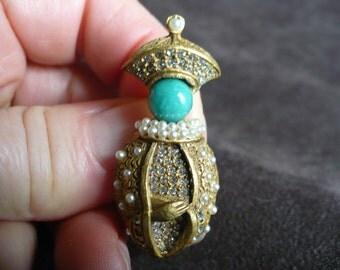 Vintage Oleg Cassini figure brooch, pin,