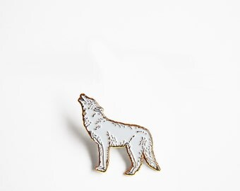 Howling Wolf Enamel Pin (Gold Edition)