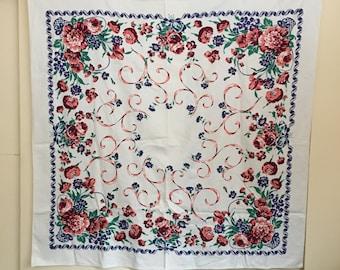1950's Crisp Heavy Cotton Tablecloth