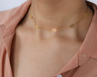 Delicate Gold Leaf Necklace - Dainty Gold Necklace - Gold Choker Necklace - Boho Jewelry - Layering Necklace - Gypsy Jewelry