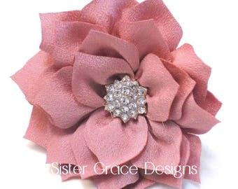 Pink Blush Flower Hair Clip, Flower Girl Hair Clip, Wedding Hair Clip, Bridesmaid Hair Clip, Spring Flower Clip, No Slip Alligator Clip