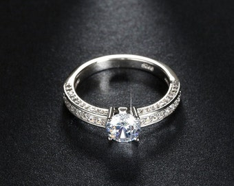 Luxury CZ Diamond Platinum Plated Wedding Band Ring